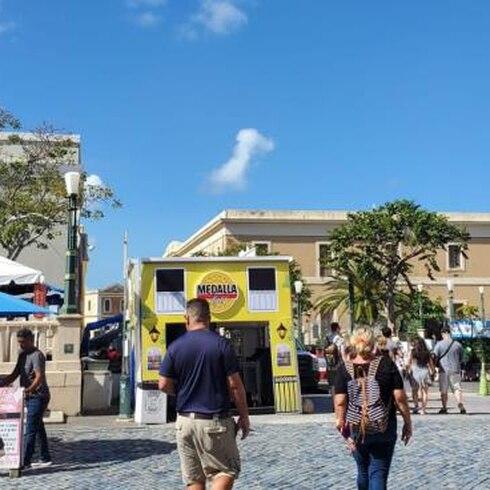 Ambiente en la mañana del jueves en las fiestas de la Calle San Sebastián
