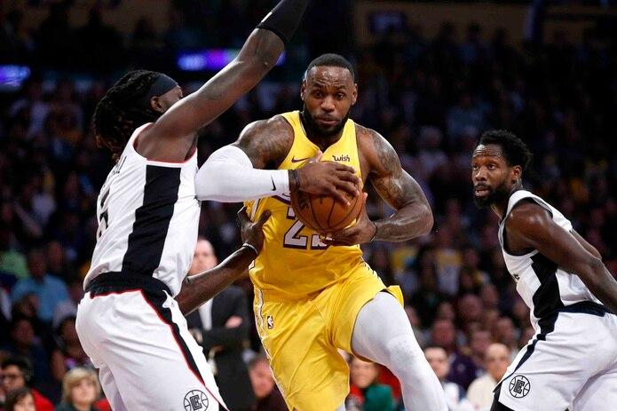 LeBron James será uno de los jugadores en el Juego de Estrellas de la NBA este febrero. (AP)