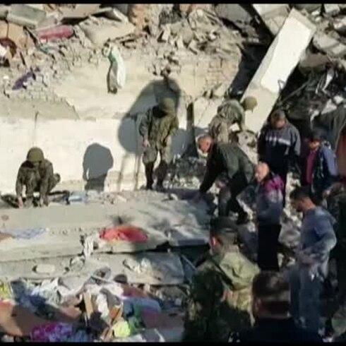 Fuerte sismo de 6.4 deja muertes y destrucción en Albania