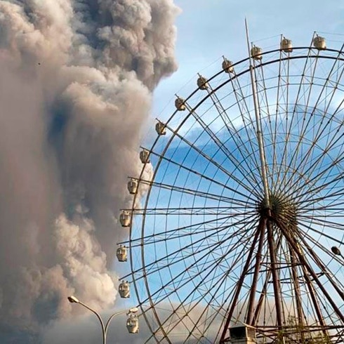 Impactante amenaza del volcán Taal en Filipinas