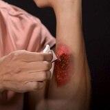 Bryan al rescate: aprende a maquillarte heridas creativas para Halloween