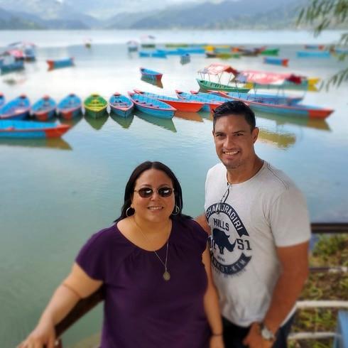 Boricuas en la Luna: Mirely Rivera y Gilberto Santos transforman vidas en Nepal